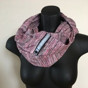 Like new Vinyasa scarf